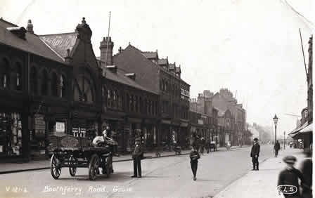 old photo of Boothferry Road, Goole, Yorkshire, showing St. John's buildings and Blackburn's