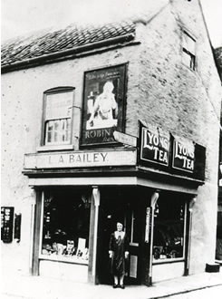 old photo of L A Bailey's shop on the corner of Hailgate, Howden